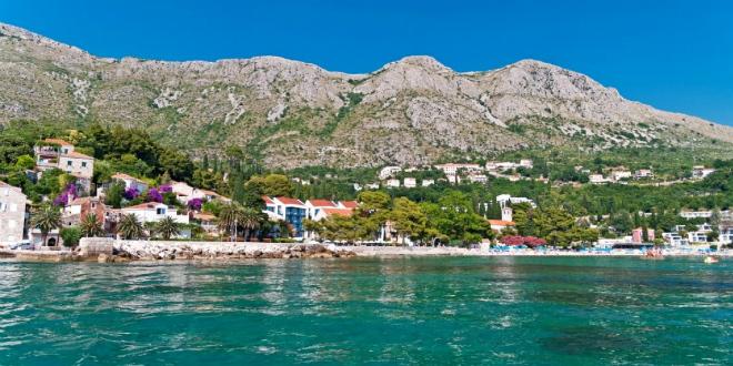 OPET FEKALIJE Onečišćeno more na plaži Mlini u Župi dubrovačkoj