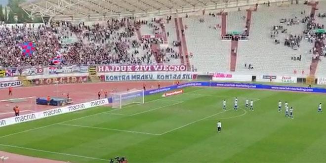 VIDEO: Igrači Hajduka su nakon utakmice ispraćeni gromoglasnim aplauzom