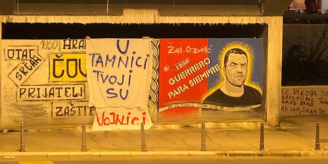 Kod Žanova murala postavljena poruka