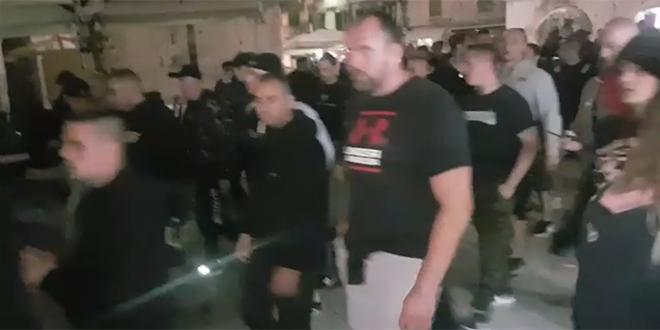VIDEO 'OČI U OČI' Mađarski navijači ne izgledaju baš kao feštari