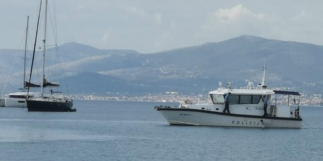 JAKO OSIGURANJE Na opasnosti koje vrebaju s mora pazi policijski brod