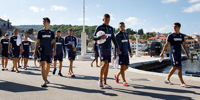 Momčad Hajduka se sutra iz Postira vraća na Poljud