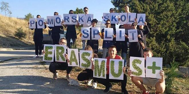 Pomorska škola se priključila akciji 'Zasadi drvo, ne budi panj'
