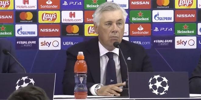 LUDILO U NAPULJU: Trener i igrači se oglušili o naredbu predsjednika!