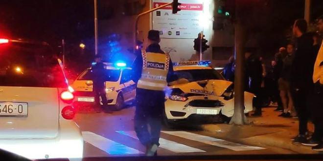 TRAŽE TAMNI AUTO Ako ste vidjeli kako se policijsko vozilo noćas zabilo u semafor, javite se policiji