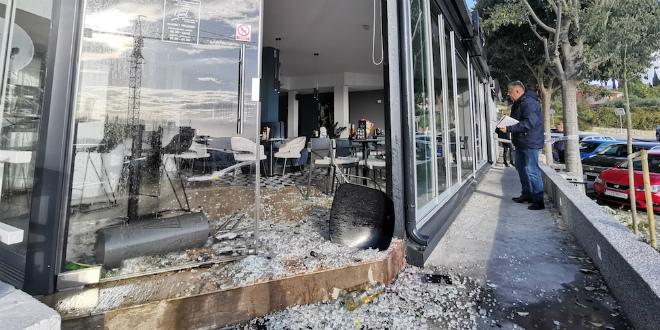 RAZBIJANJE U SPLITU Dečko iz kvarta demolirao kafić na Pazdigradu