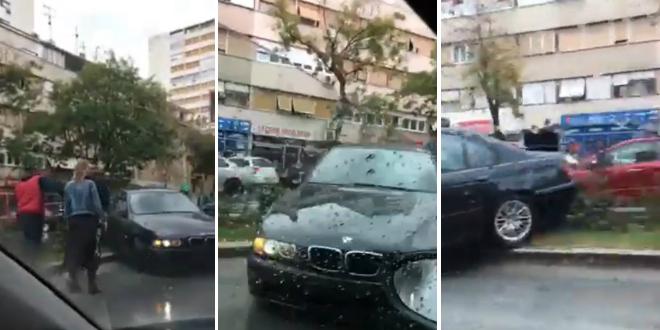 VIDEO: BMW sletio s ceste i probio ogradu blizu jednog od najopasnijih splitskih raskrižja