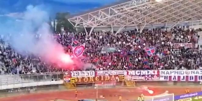 VIDEO: Pogledajte reakciju publike na Poljudu nakon crvenih kartona Jairu i Vuškoviću