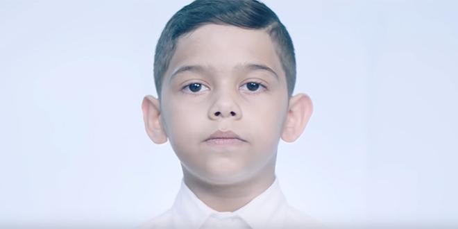 ODUŠEVIO SPALADIUM ARENU Tko je dječak koji je pjevao Oliverovu 'Cesaricu'?