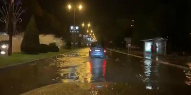 POTOP U POLJIČKOJ Kiša ponovno od splitske ulice napravila bazen