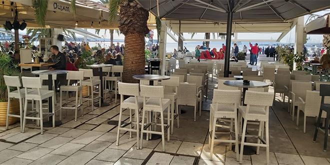 NIJE U ŠOLDIMA SVE Jedan kafić na Rivi danas ne radi, riječ je o poštovanju tradicije