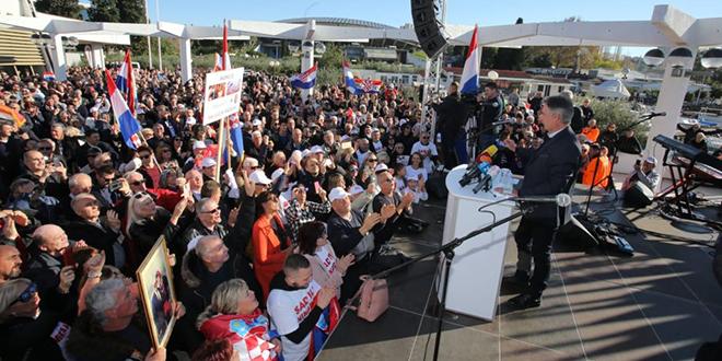 Ivica Tafra: Narod Dalmacije odlučio je Škori na njegov glazbeni poklič 'sad ili nikada' odgovoriti s 'nikada'!