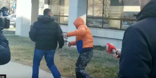 VIDEO Otac i brat Filipa Zavadlava jutros na sudu: 'Znam tko me napao, ali to nije bitno'