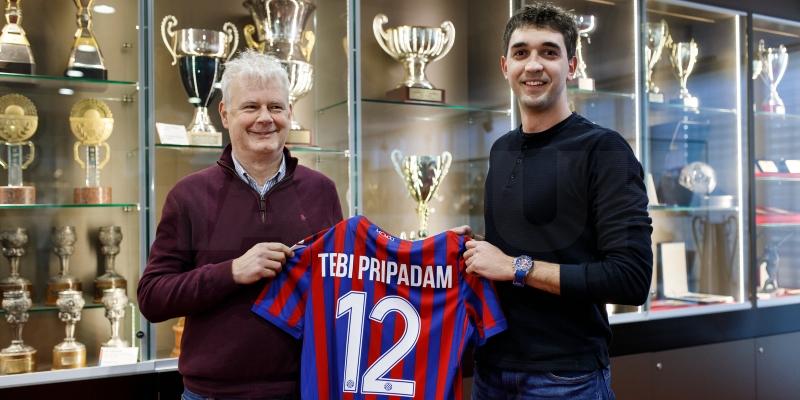 Hajduk nagradio člana broj 10.000: 'Prvi put u životu sam nešto dobio'