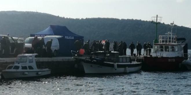 PAD VOJNOG HELIKOPTERA Poginuo jedan član posade, za drugim se traga