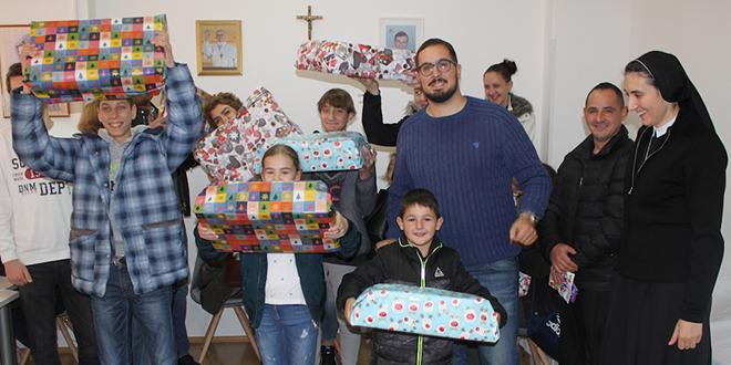 Split Tech City oduševio djecu iz 10 potrebitih obitelji: 'Hvala na laptopima!'