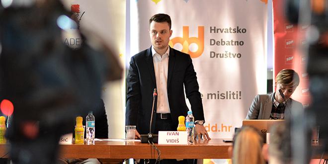 INTERVJU S PREDSJEDNIKOM MLADEŽI HDZ-a Ivan Vidiš o svim akterima na političkoj sceni i ulozi nove generacije