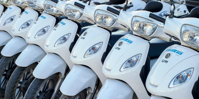 PARKING KAOS U Splitu je registrirano oko 16.000 skutera i motora, a samo je 300 parkirališnih mjesta