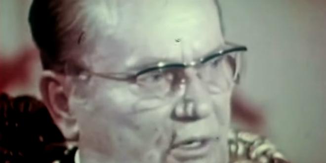Čak je i Tito morao prokomentirati izvedbu himne: Plenković izbečio oči, napokon smo se riješili one što je stalno pjevala
