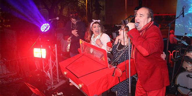 UŽIVO 'SPLITSKI KRNJEVAL' Grdović: Tornado pozdravlja Torcidu! Publika: Igraj, Zadre, volimo te mi!