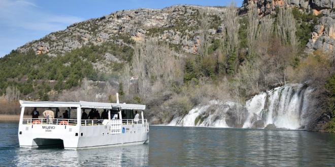 Električni katamarani u NP Krka prve će goste prevoziti početkom travnja