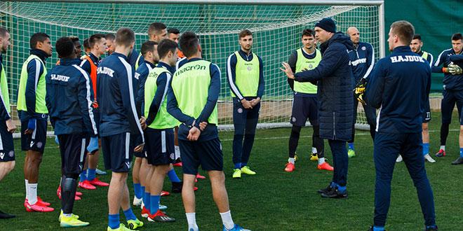 Prva momčad Hajduka prestaje sa svim aktivnostima sljedećih 10 dana!
