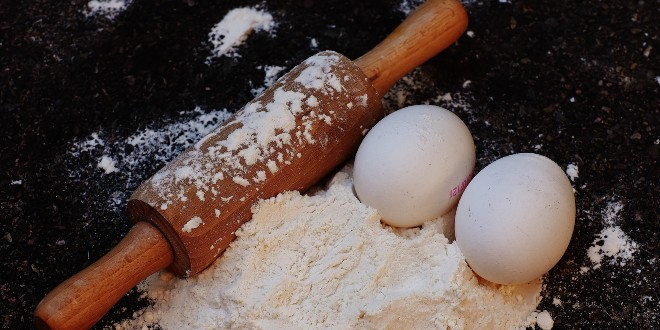 Ovo je najbolji način čuvanja brašna, šećera i drugih namirnica za pripremu kolača