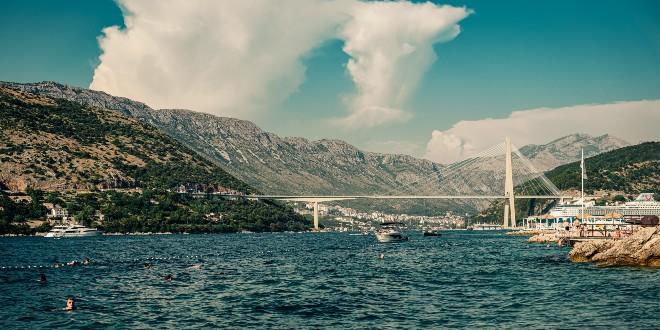 Pomorci s Carnival Breeze krenuli prema Dubrovniku, trebali bi stići 27. svibnja