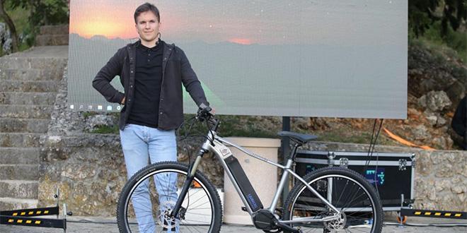 NOVO ČUDO IZ RUNOVIĆA: Predstavljen električni bicikl 'Guideb'
