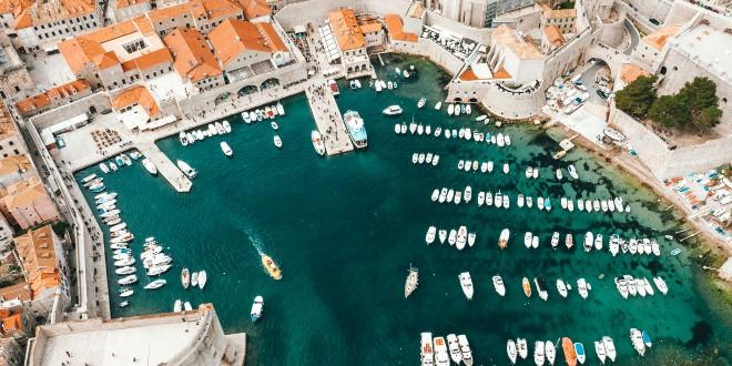 Kruzeri bi mogli uplovljavati u Dubrovnik, gradonačelnik: Iznimno sam zadovoljan odlukom Stožera, ovo je test za 2021.