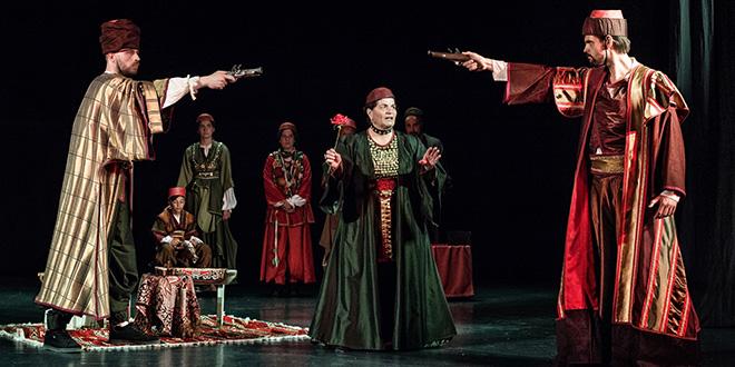 POČELA 'IMOTSKA SILA' Premijerno izvedena 'Hasanaginica', Baranović s glumcima amaterima napravio predstavu koja je oduševila publiku