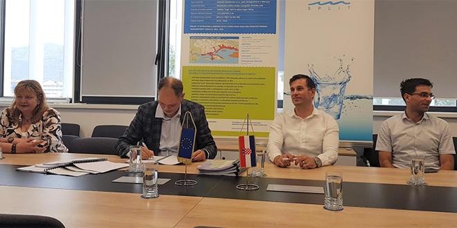 Potpisan ugovor za obavljanje nadzora za realizaciju ugovora iz projekta aglomeracije Kaštela - Trogir