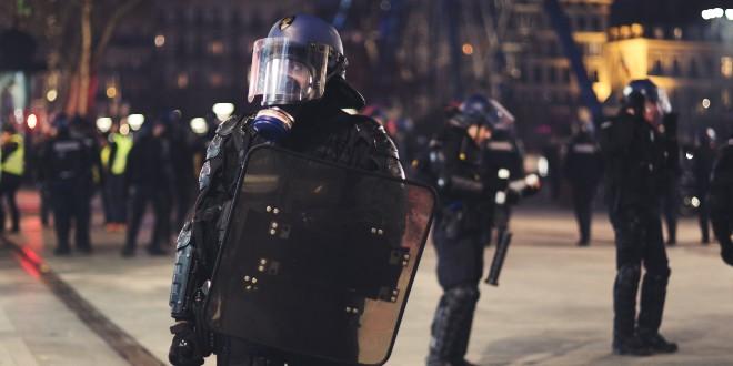 NAPAD U NIZOZEMSKOJ: Dvoje mrtvih, policija pucala na muškarca sa samostrelom