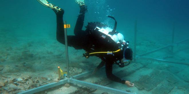 FOTOGALERIJA Arheolozi istražili brodolom u Potkamenici na Šolti