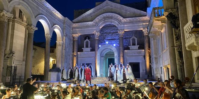 Verdijevim Lombardijcima u utorak na Peristilu započinje 66. Splitsko ljeto