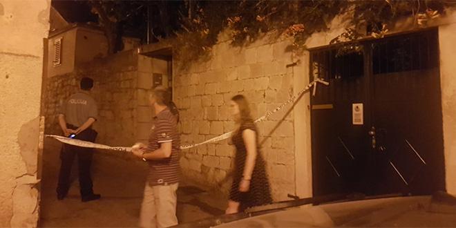 VADILI SE I NOŽEVI? Sukob u centru Splita, dva mlada Britanca završila u bolnici