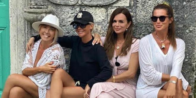 GUŠTAJU U LJETU Maja Šuput, Nina Badrić i Severina uživaju na Korčuli