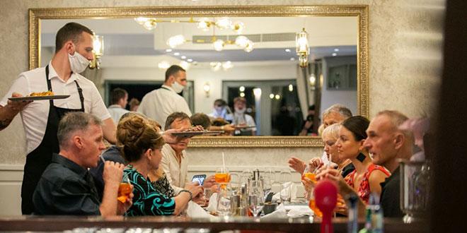 MALA MORA Novi restoran smješten je uz šetnicu koja spaja romantične lokacije iz ljubavne priče o Miljenku i Dobrili