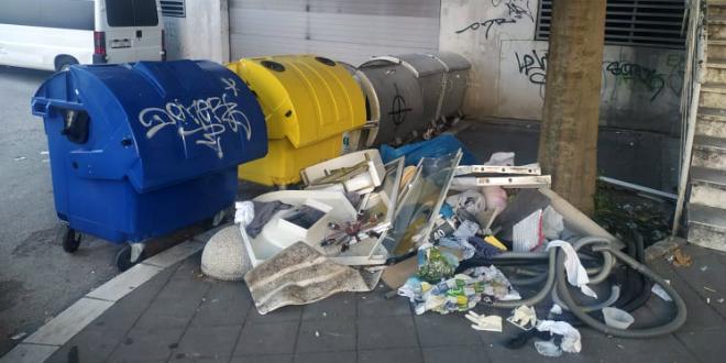 KOLIKO ĆE IM TREBATI  DA SHVATE? Glomazni otpad ponovno u Ličkoj, a odvoz je besplatan. Treba se samo javiti