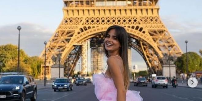 Djevojka nogometaša Ćalete-Cara napravila pomutnju u Parizu: U raskošnoj haljini trčala po prometnoj cesti