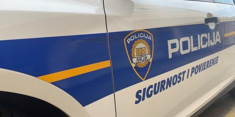 PRETUČENA PROFESORICA: Vozač izašao iz automobila i polomio joj rebra