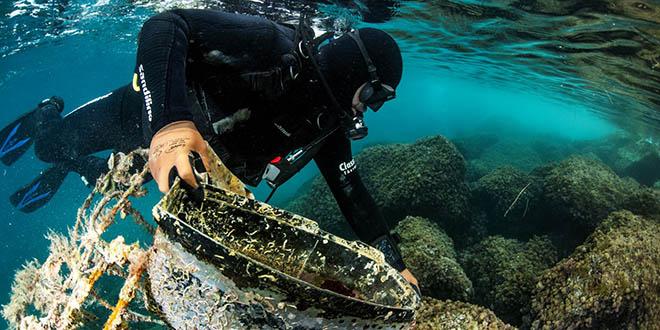 UPA ROSTRUM S morskog dna ronioci izvukli čak 50 kubika otpada s više od 400 automobilskih guma i drugog raznovrsnog otpada