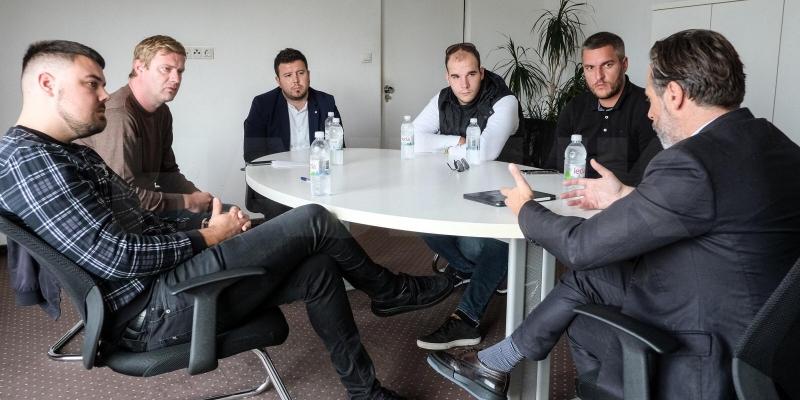 Predsjednik Jakobušić se sastao s predstavnicima Našeg Hajduka i Torcide