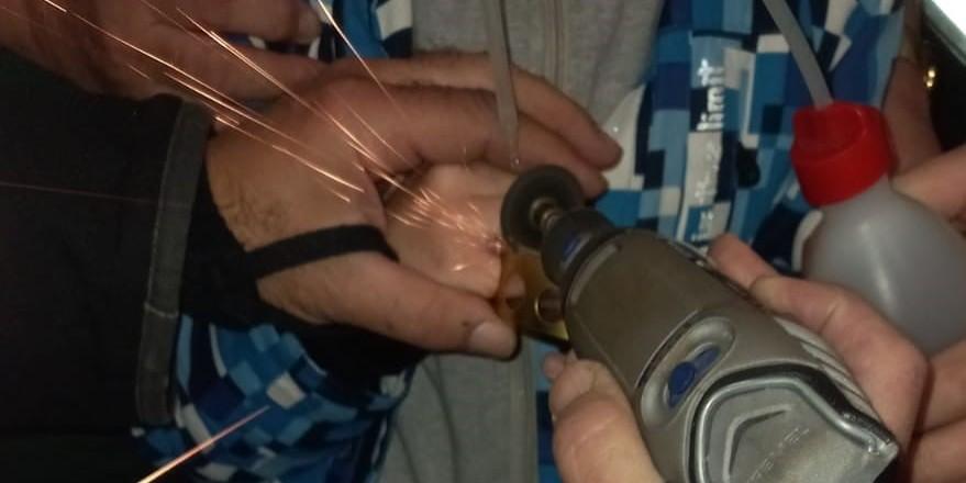 NEOBIČNA NEZGODA Vatrogasci 'spašavali' prst zagljavjen u poklopcu lumina