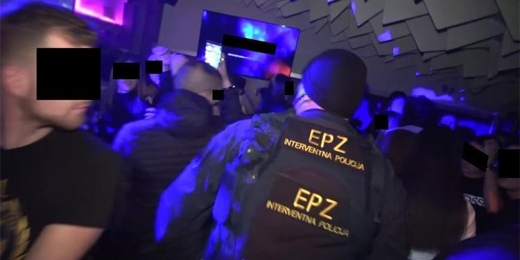 VIDEO: U policijskoj raciji u noćnom klubu zatečena osoba zaražena koronom kojoj je određena mjera liječenja u kući