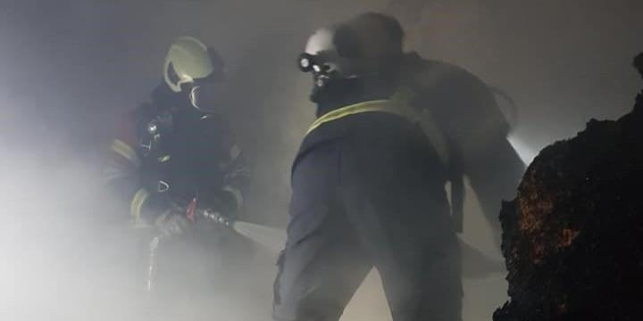 U jučerašnjem požaru podruma u Trogiru stradao pas