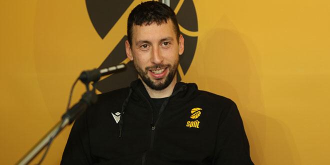 Roko Ukić ovog je ljeta imao dvojbu, ali je ipak odlučio nastaviti karijeru...