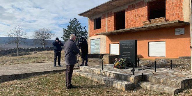 PROŠLO JE 29 GODINA: U Erveniku odana počast zvjerski ubijenoj obitelji Čengić
