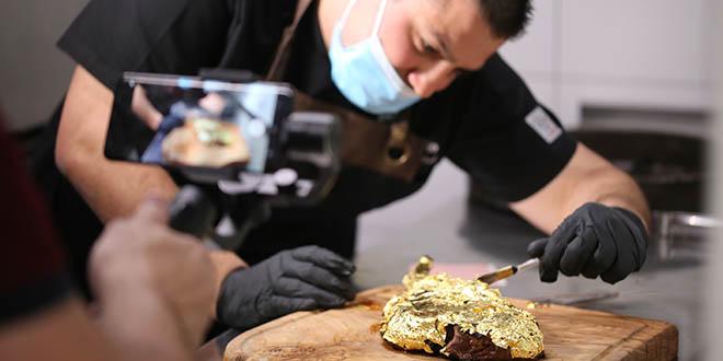 PRVI U HRVATSKOJ Zlatni bifteci u restoranu Coccolo u Trogiru