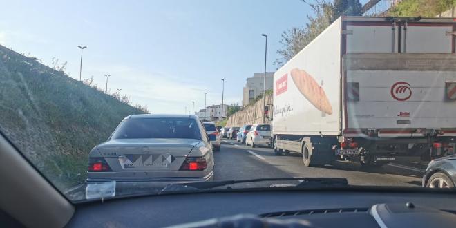 OGROMNE GUŽVE Zbog radova se stvaraju kilometarske kolone na ulazu u Split
